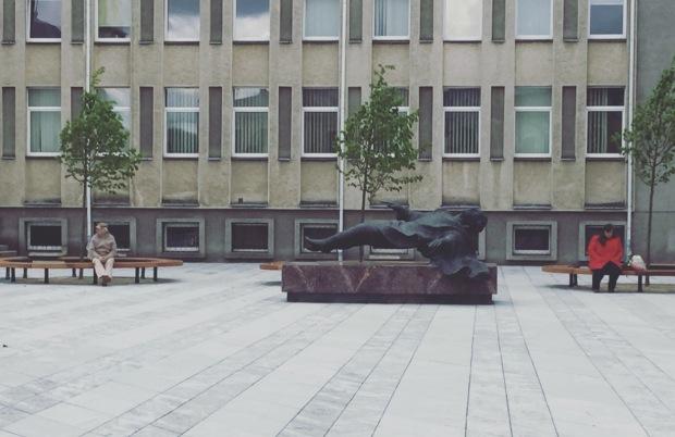 """Statua """"Levitazione"""", Kaunas, Levitation, Lituania, Lietuva"""