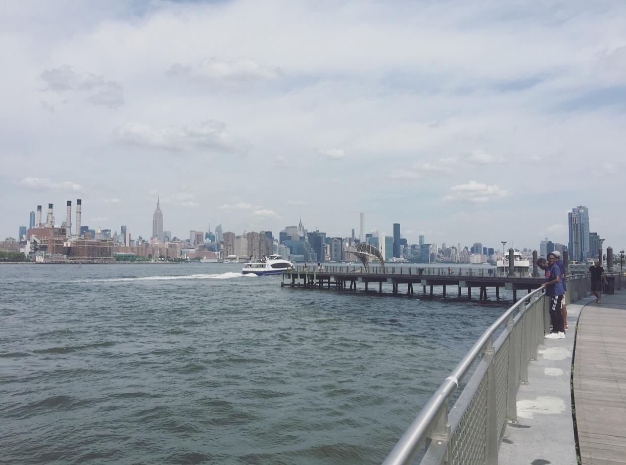 Grand Ferry Park, Williamsburg, Brooklyn, New York, USA.