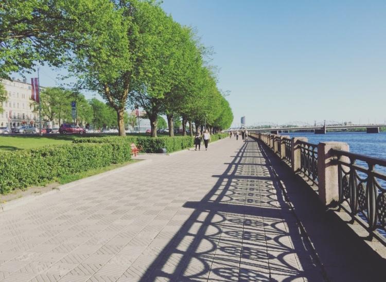 Riga, lungofiume, Daugava.
