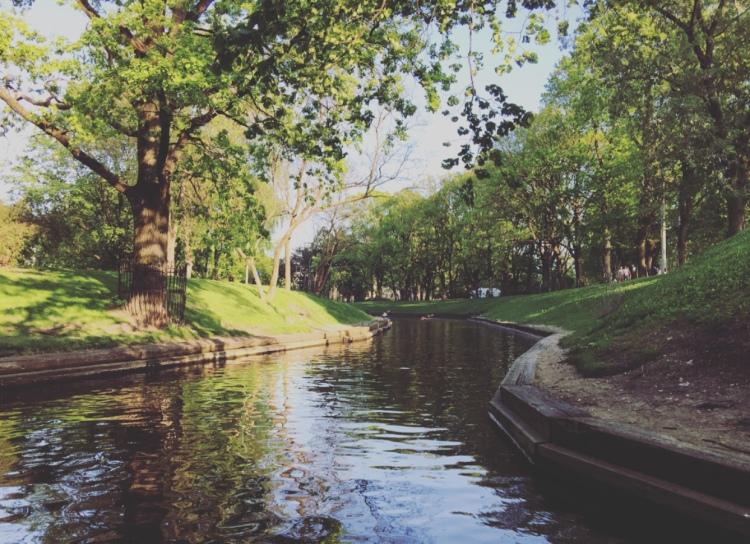 Riga, parco della collina del bastione.