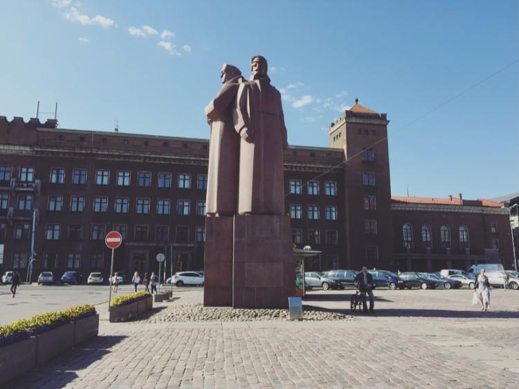 Riga, monumento ai Fucilieri letto i.